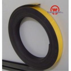 PVC MAGNETICO ADHESIVO 25.4X30000x1.5 MM.